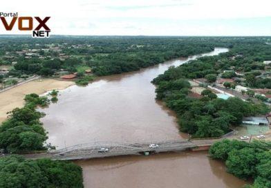 Cheia – Rio Aquidauana atinge quase 8 metros e deixa familias  desabrigadas