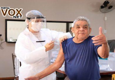 Guaíra – Moradores do Lar São José recebem vacinas contra o COVID-19