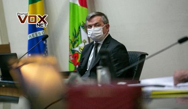 """Pandemia – """"SC não precisa criar auxílio emergencial porque não há desemprego"""", diz Paulo Eli"""