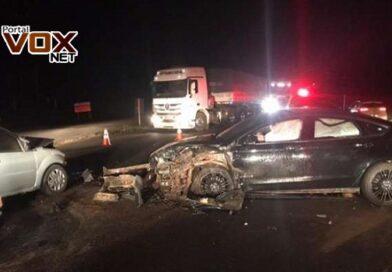Grave – Três pessoas ficam feridas em grave acidente de trânsito na BR 163