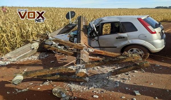 Fatal – Colisão deixa condutor ferido e passageiro morto