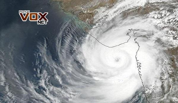 Alerta – Ciclone com tempestade vai atingir diversos estados do Brasil