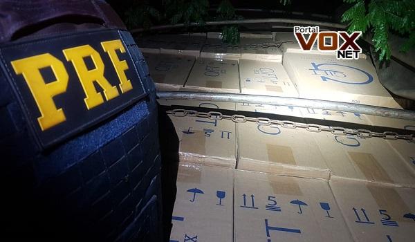 Altônia – PRF prende motorista paraguaio com carga de cigarros após 54 km de fuga