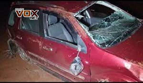 Toledo – Veículo fica destruído em capotamento registrado na BR 163