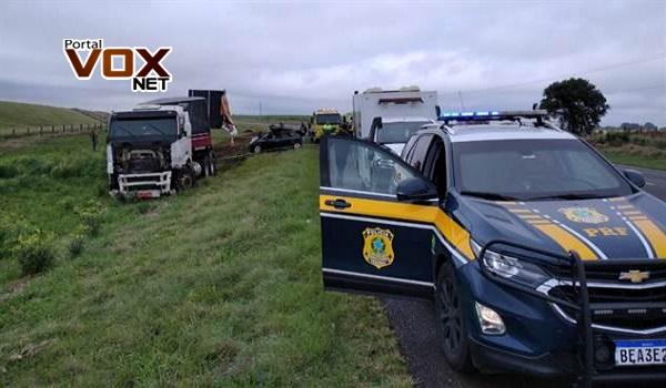 Lamentável – Casal de Palotina morre em colisão frontal entre carro e caminhão na BR-277