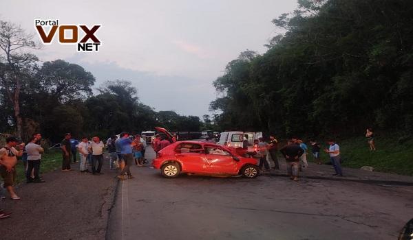 Tragédia – Quatro pessoas morrem em batida entre carro e caminhão na PR-460